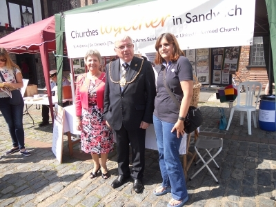 Mayor & Mayoress and Sally from Carpenters Arms Sandwich Festival 2017