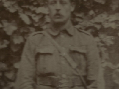 Kendall Percy William : Private G/22259 : Queen's Own (6th Battalion